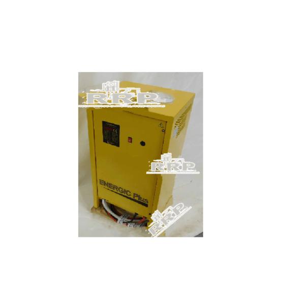 Cargador Trifásico 80V 200AH - 24V 48V 80V Alternador Alternadores Asientos Bombas de Agua Bombas de agua Bombín de freno Cargadores Conectores Contactor De carga Diesel Eléctrica Eléctrico Estabilizadora Faros Frenos Macizas, superelásticas Máquinas de ocasión Motor de arranque Motores de arranque Motriz, para transpaleta, apilador y retráctil Ofertas/Ocasión Orbitrol Otros Pilotos Radiadores Ruedas 8´´ Ruedas 9´´ Ventilador de refrigeración